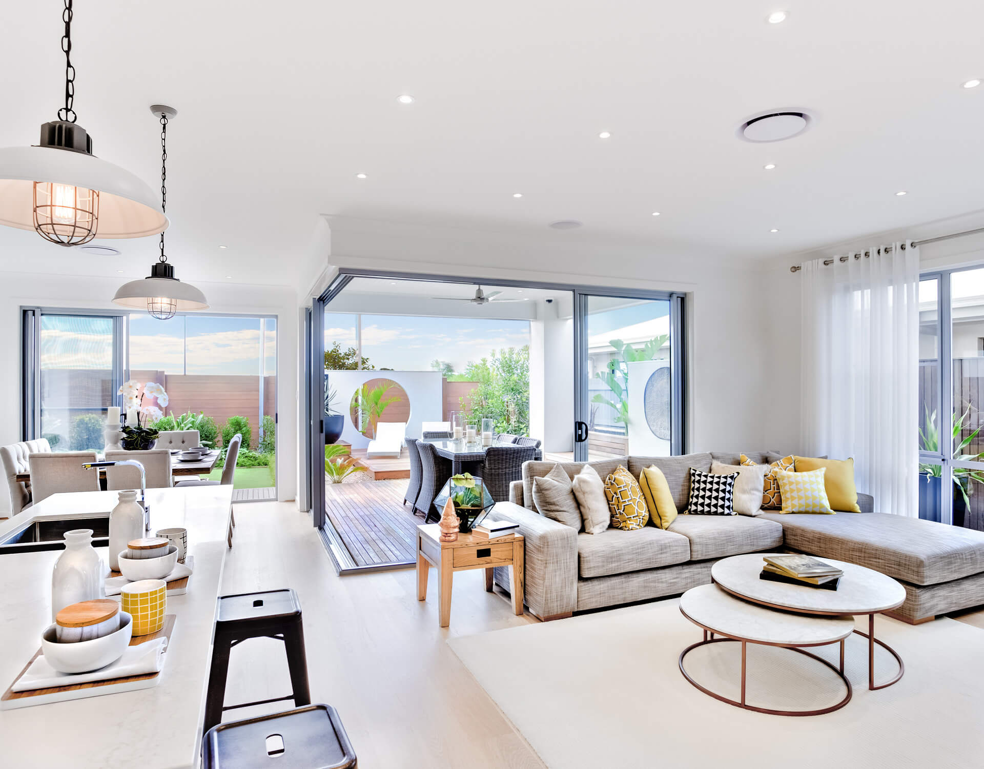 Modern Living Room 10